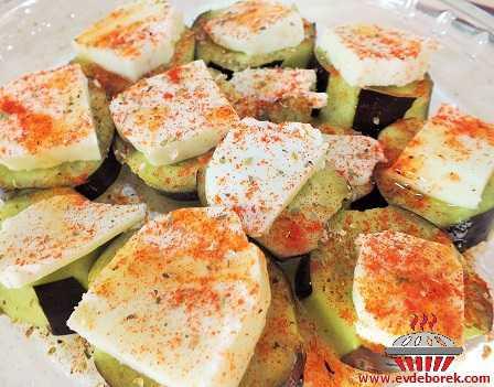 Hellim Peynirli Patlıcan