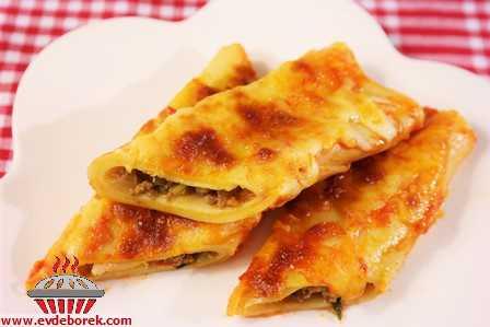 Kıymalı Lazanya Böreği Tarifi