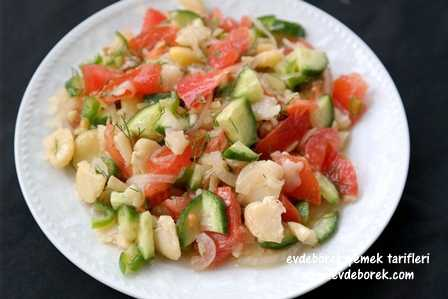Kuru İç Bakla Salatası Tarifi