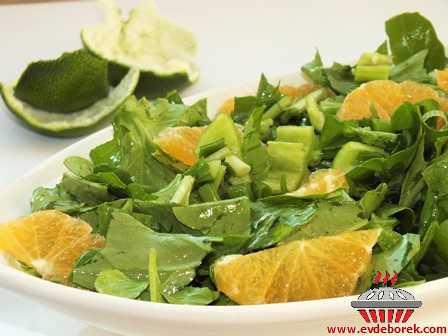 Mandalinalı Roka Salatası
