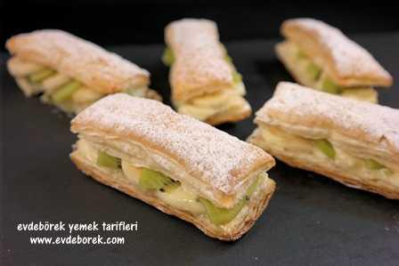 Meyveli Mini Milföy Pasta Tarifi