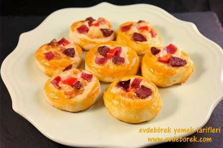 Mini-Pizza-Poğaça-Tarifi9