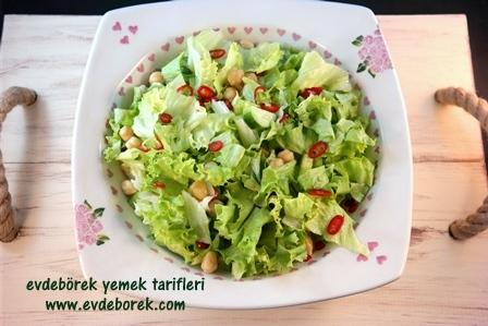 Nohutlu-Yeşil-Salata-Tarifi1