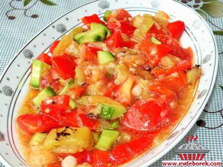 Pişmiş Salata (Manca)