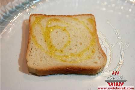 Rokalı Mantarlı Kıtır Ekmek