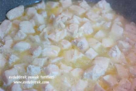 Sebzeli-Beşamel-Soslu-Tavuk-Tarifi1