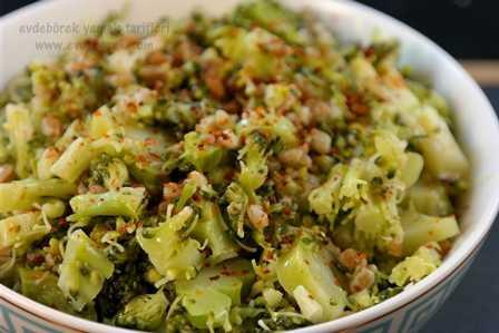 Siyez Bulgurlu Brokoli Salatası Tarifi1