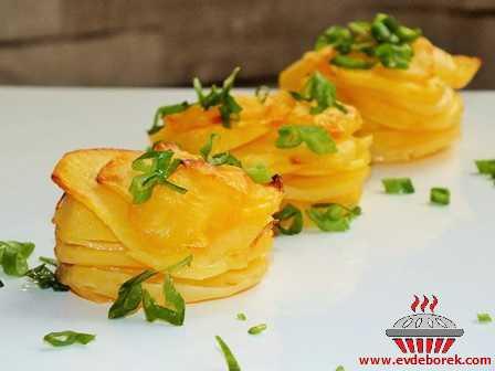 Tereyağlı Patates Katları