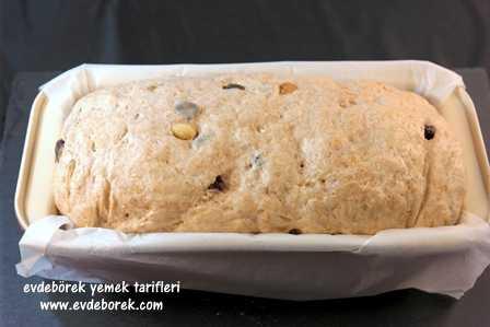 Üzümlü Tahıllı Ekmek Tarifi