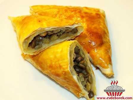 Yeşil Mercimekli Muska Böreği Tarifi