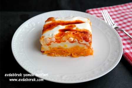 Yoğurtlu Havuçlu Patates Pastası Tarifi