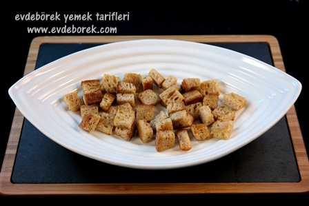 Yoğurtlu-Kıymalı-Kebap-Tarifi1