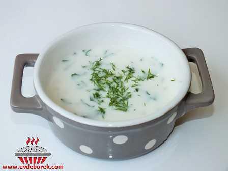 Yoğurtlu Soğuk Buğday Çorbası